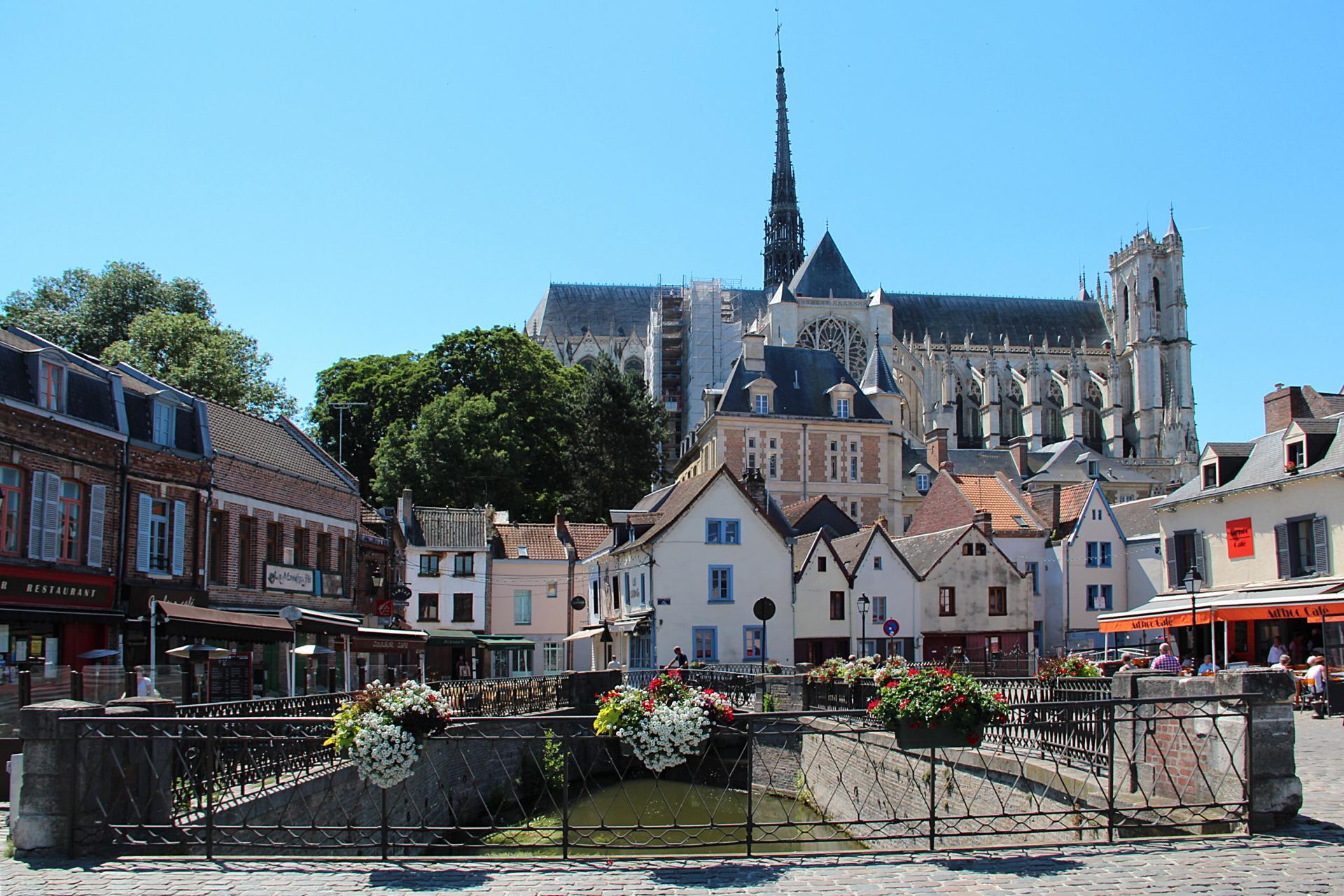 Amiens place du Don